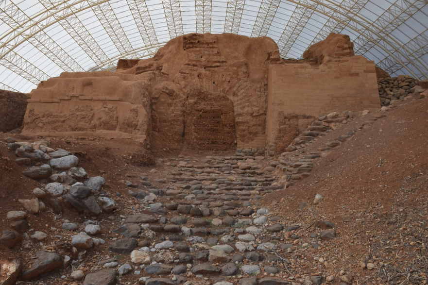 Best Preserved Bronze Age Gate in Israel